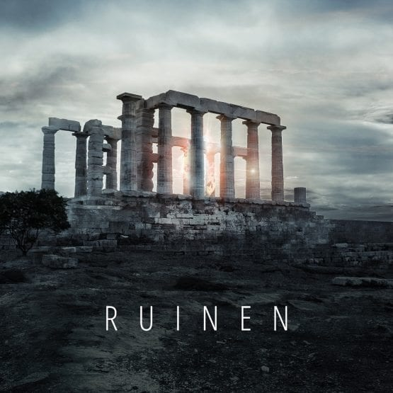 Ruinen Cover